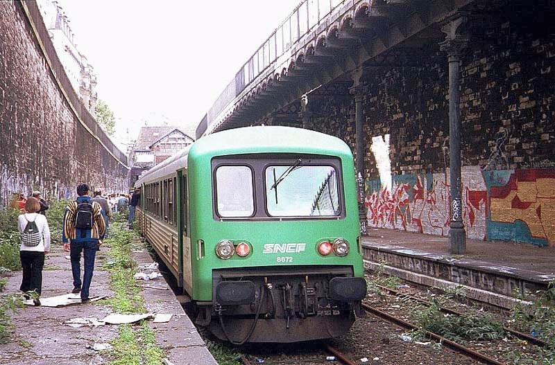 Autorail Caravelle Gare de l'Avenue de SAINT-OUEN