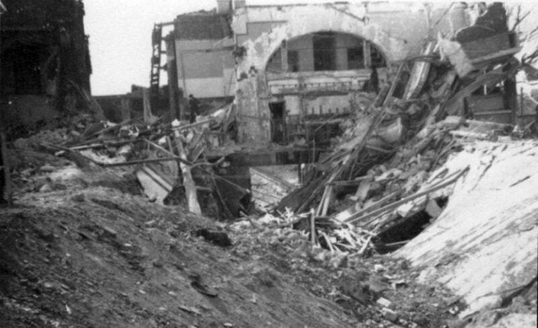 la_chapelle_saint_denis_bombardement_21_avril_1944_-_bv_cote_voies_-_800px_72dpi