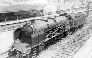 la_chapelle_saint-denis_locomotive_231_f_130_plm_-1933_-_cliche_albert_dubois_1024px_72dpi