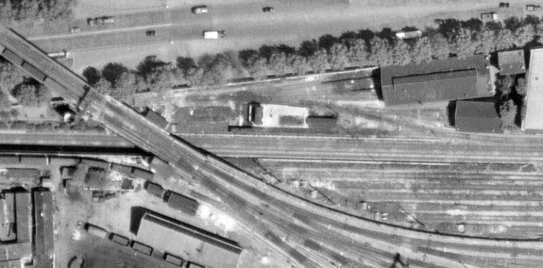 Chapelle Charbon emplacement dépôt locomotives Petite Ceinture 1954
