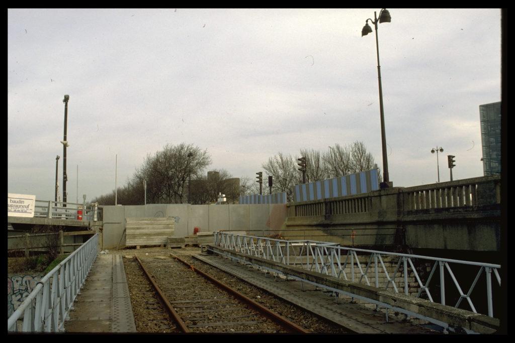 Pont-rail Avenue de France Petite Ceinture