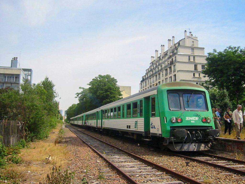 Train spécial Bel-Air-Ceinture - Petite Ceinture 2003