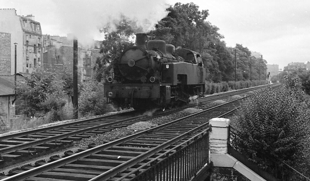 Locomotive 050T Petite Ceinture gare rue Claude Decaen