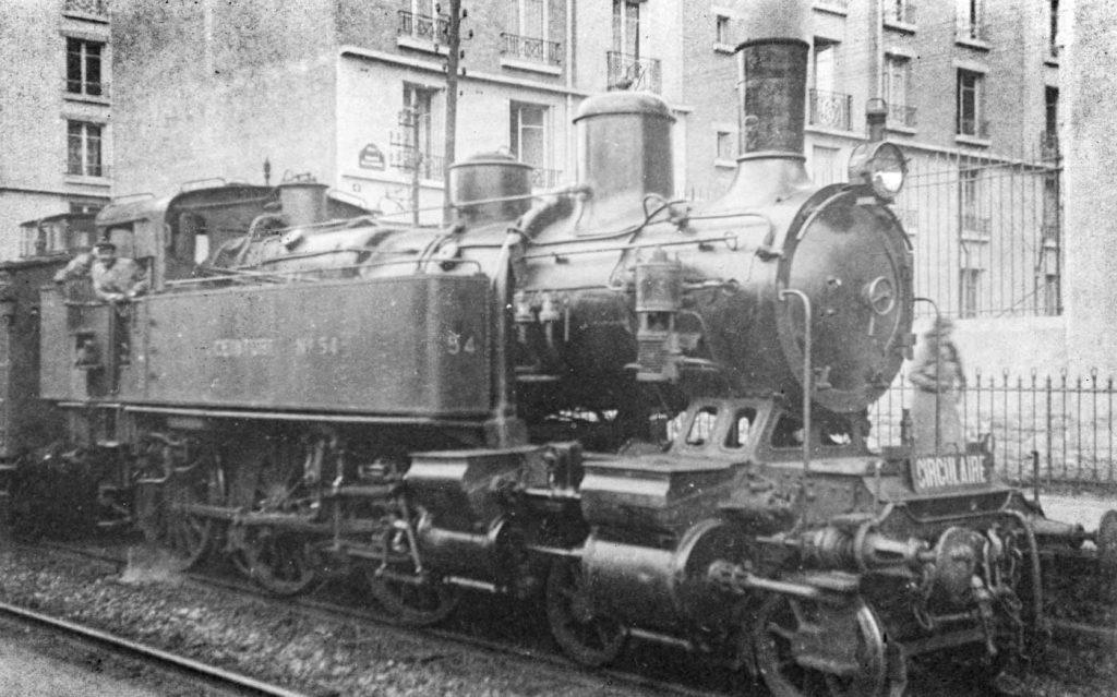 Lotomotive 230T Petite Ceinture Gare rue Claude Decaen