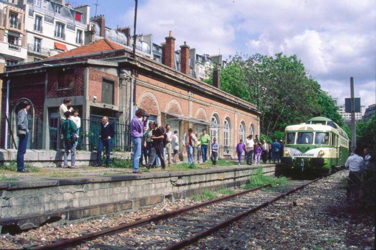 Gare Vaugirard train spécial Petite Ceinture Paris